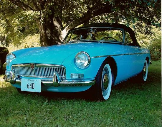 1964_MG_MGB_Iris_Blue_Paul_Hanley